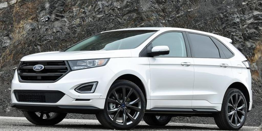 2016-ford-edge-sport-white-platinum-front-quarter-left