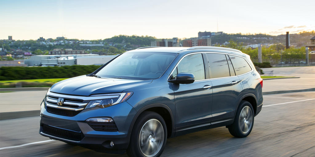 Best 3 rows suvs for families news for Honda pilot 3 rows