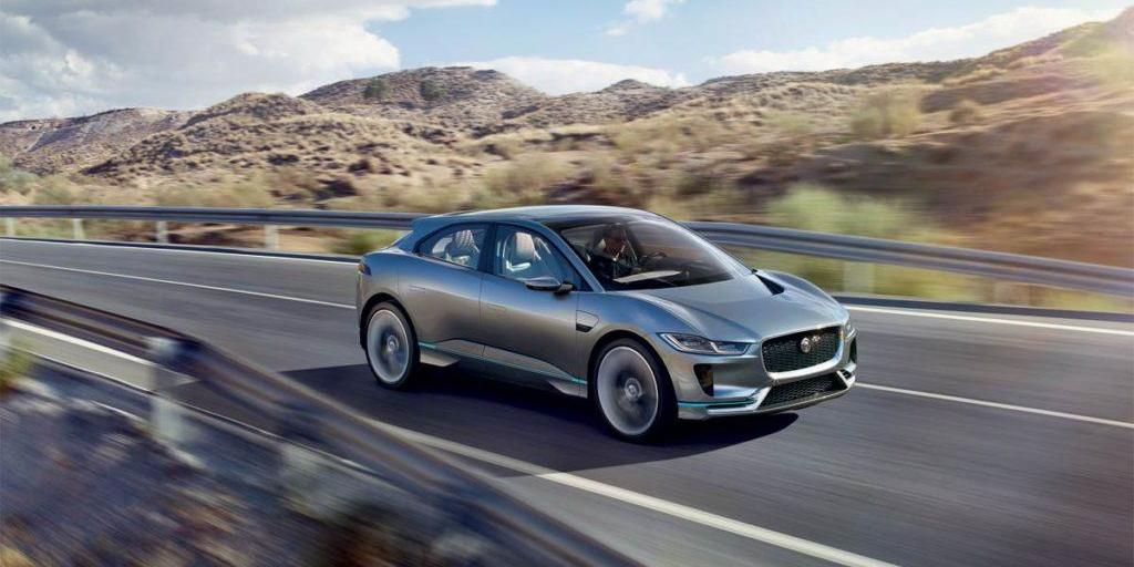 jaguar-ipace-concept-car-driving