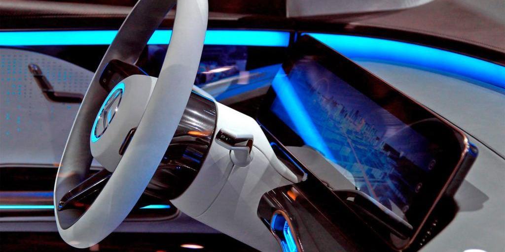 mercedes-benz-generation-eq-concept-steering-wheel